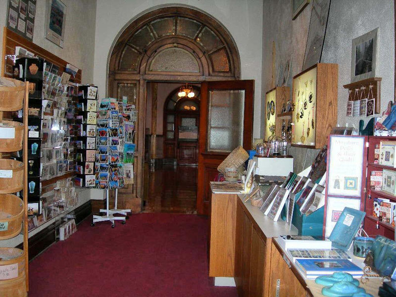 Colorado Springs Pioneers Museum Store - Plenty of great things to buy!