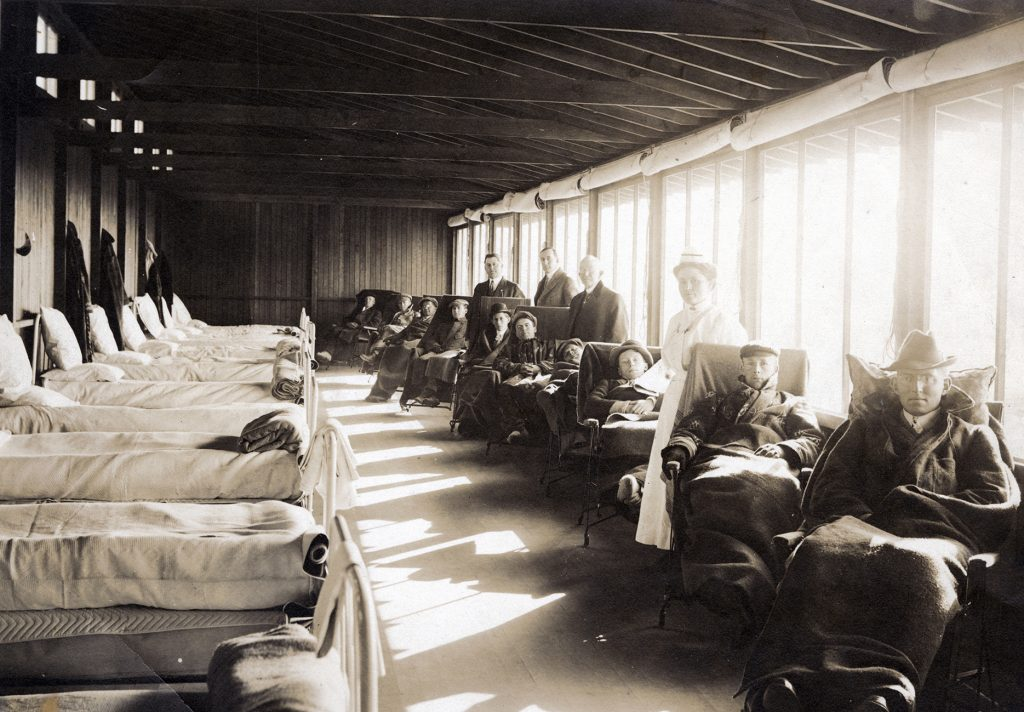 Patients at Sunnyrest Sanitarium, Colorado Springs, ca. 1915, Courtsey of Pikes Peak Library District