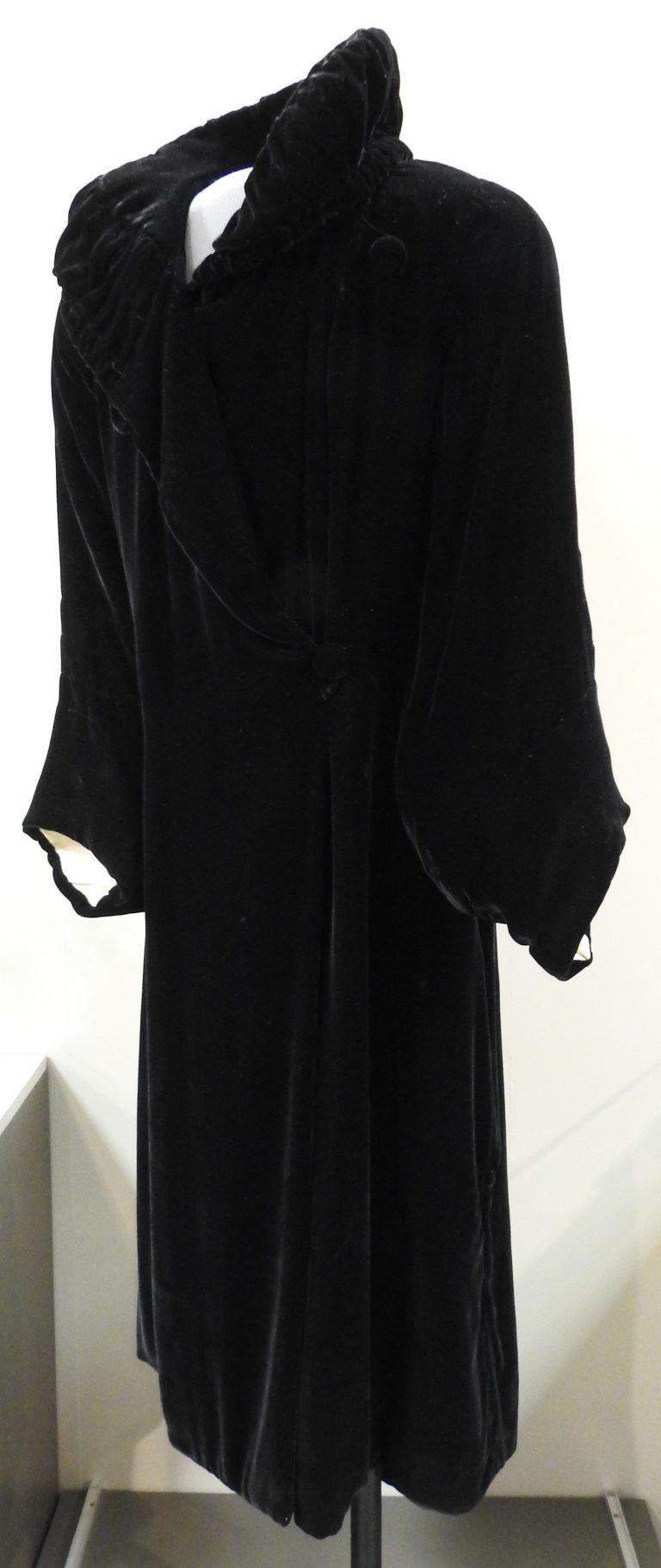 Velvet Opera Coat, 1920. Generously donated by Mrs. B.J. Stolz, 73-73-2.