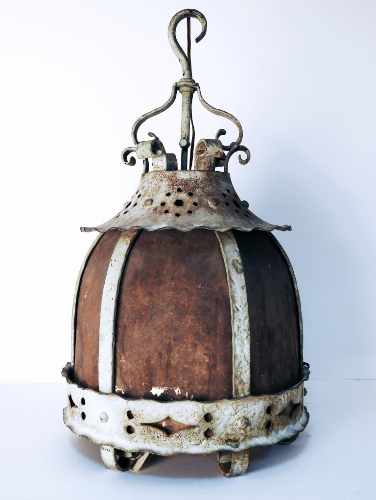 Hanging Lamp From the Second Antlers Hotel, 1901. Generously donate by Mr. Norton Bain, 999.47.1.